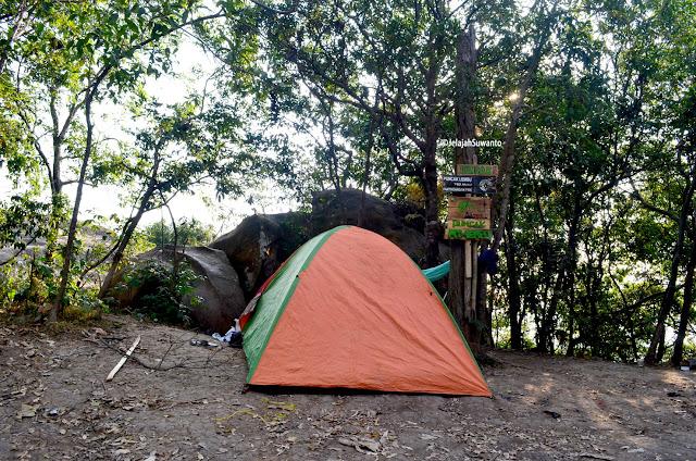 Camping tenda Puncak Gunung Lembu 792 mdpl | JelajahSuwanto