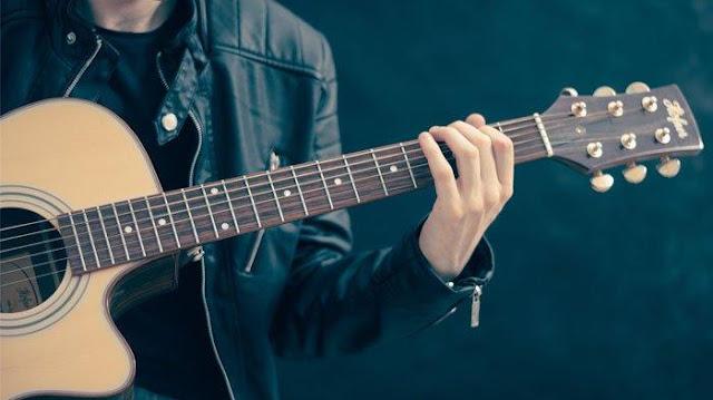 Kunci Gitar Ada Apa Denganmu Noah ( Peterpen )