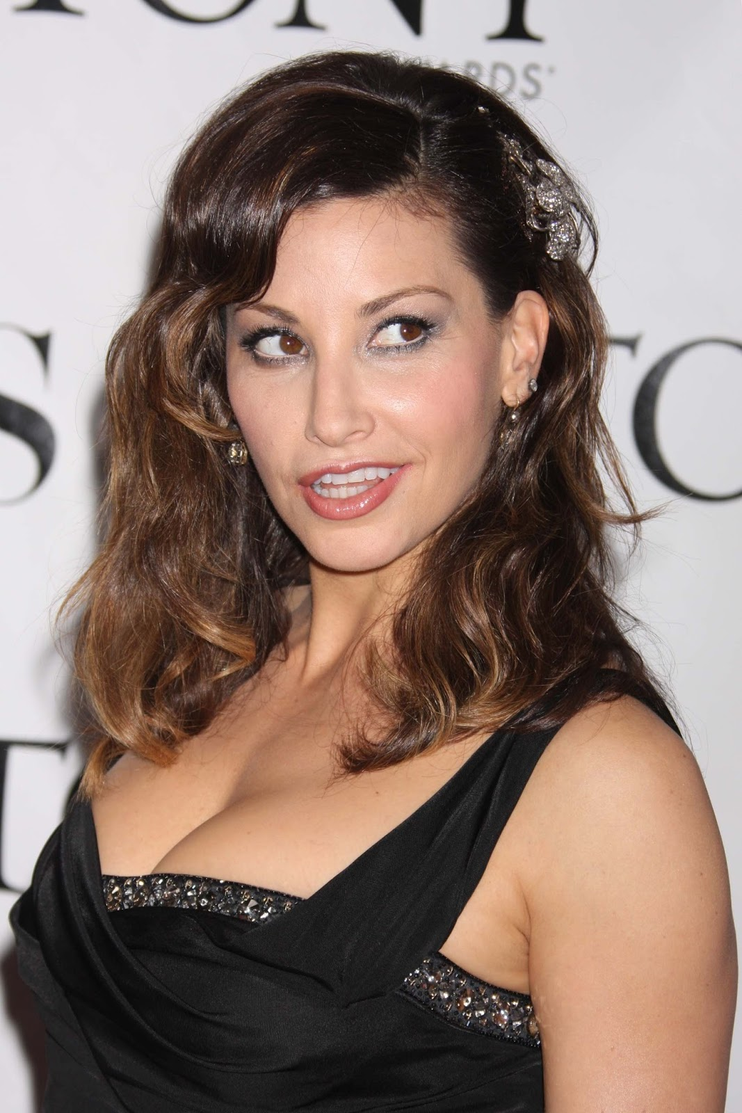 Gina Gershon Hot Cleavage Sexy HQ Photos at 62nd Annual ...