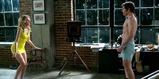 Elizabeth Banks e James Marsden em De mal a pior (Walk of shame)