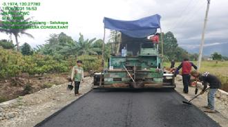 Peningkatan Kapasitas Struktur Jalan Ponrang dan Salukapa Mulai Rampung