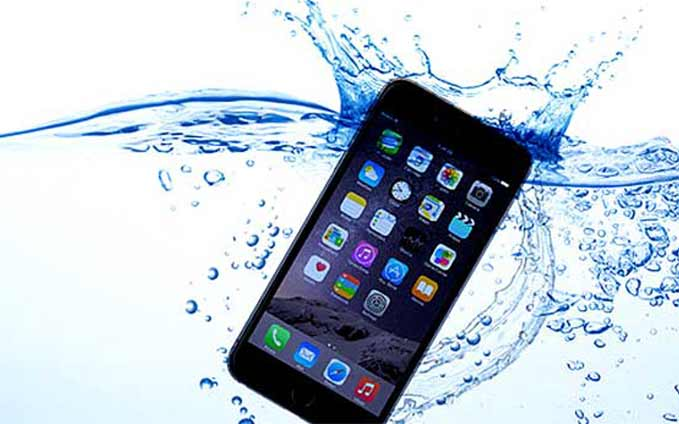 how-to-save-your-smartphone-fallen-into-the-water