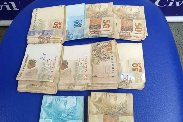 Prestador de serviço bancário é preso suspeito de desviar 20 mil de cliente em Jequié