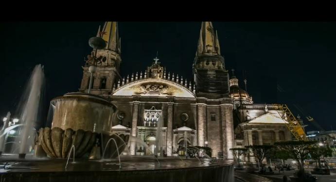 Catedral en el centro de Ciudad de Guadalajara por la noche