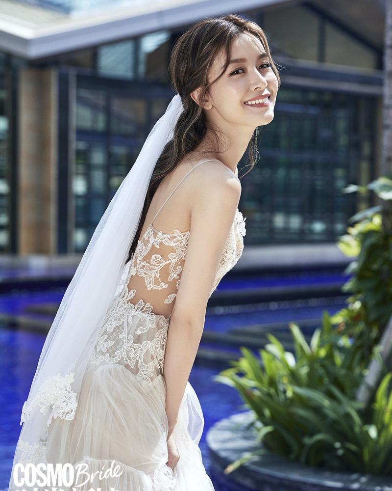 artis seksi Hongkong Janice Man hot bridal