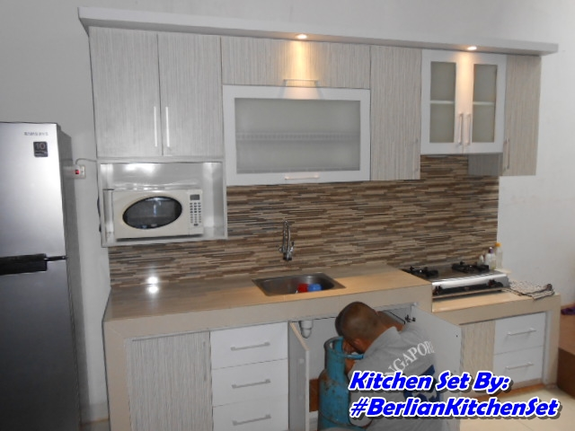 Berlian kitchen set minimalis murah desain dapur murah for Kitchen set yang bisa dipindah