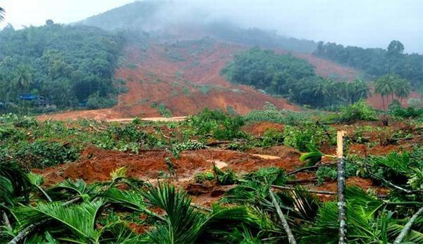 Malappuram, News, Kerala, Top-Headlines, Rain, Treatment, hospital, camp, Family, Heavy Rain; Padmini's tragedy doesn't end