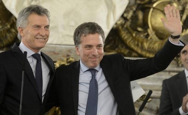 De la fuga de divisas a la estafa del Correo: todo lo que le costó Macri al país