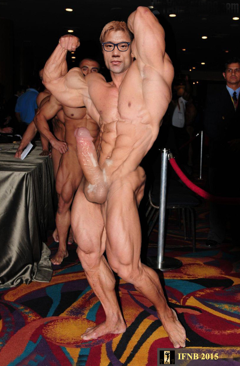 Milf fucked male bodybuilder
