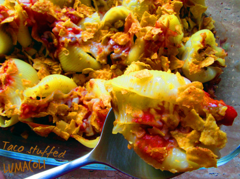 Taco stuffed lumaconi by Laka kuharica: delicious combination of Mexican flavors and Italian pasta.