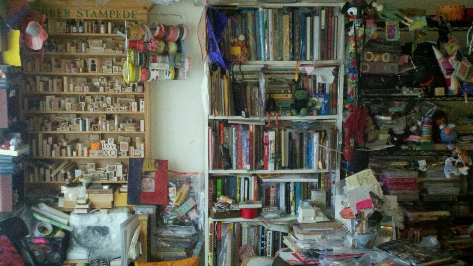 Kelly Kilmer Artist And Instructor My Messy Corner Of The Living Room