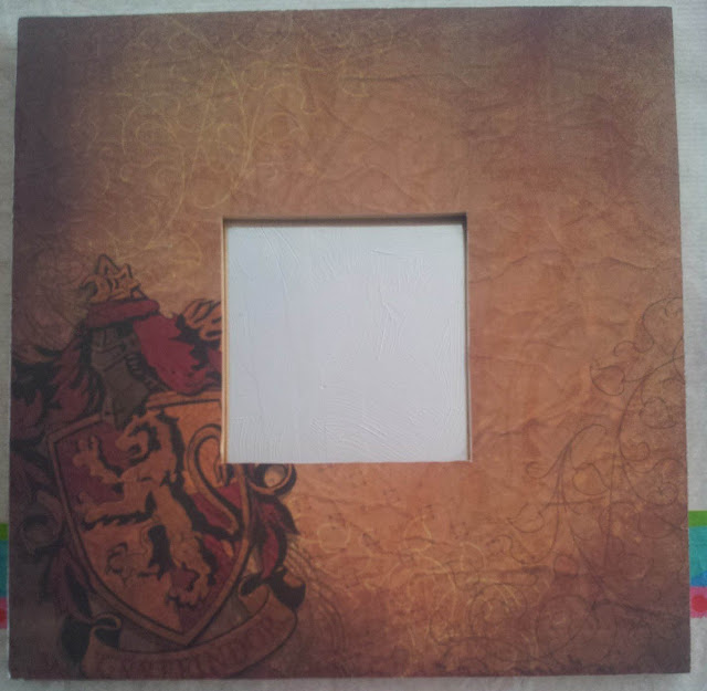 I love the paper for this mirror so I used the Gryffindor crest paper for my second mirror, and no there is no Slytherin, Hufflepuff or Ravenclaw crest paper before you ask.