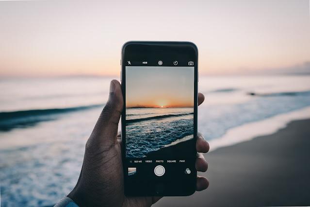Samsung 600 megapixel camera phone