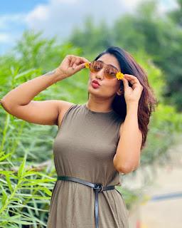 Eesha Rebba Glam Pictureshoot 6