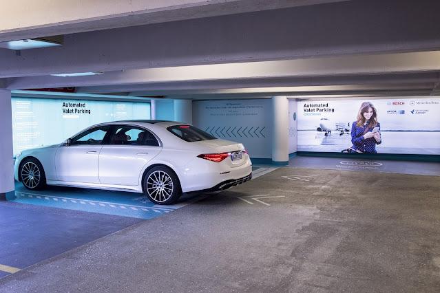 Estacionamento totalmente autónomo chega ao Aeroporto de Estugarda