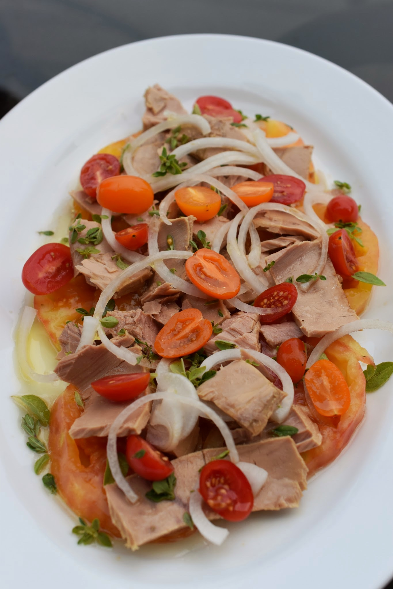 Tuna, Tomato, and Onion Salad