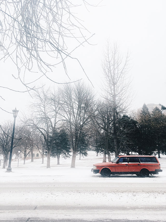 Life and links | A red car in a Minnesota snowstorm