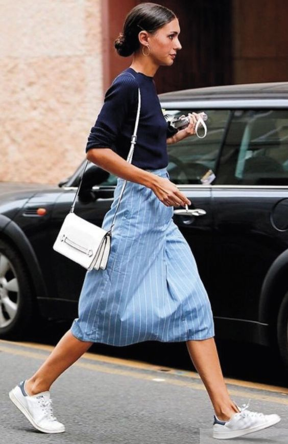 huge selection of 1ec2f 4a798 Street style   Navy sweater, light blue striped midi skirt, Adidas ...