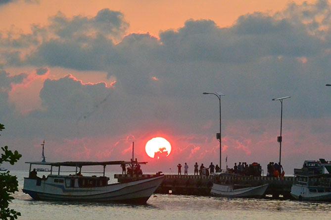 Sunset di Pelabuhan Lama Karimunjawa