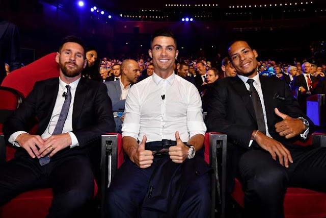 Trao giải Quả bóng vàng: Ronaldo thua vì đến Juventus, Messi thắng Van Dijk? 2