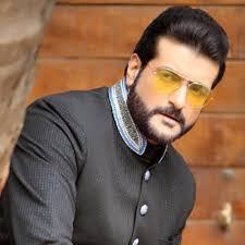 Armaan Kohli Family Wife Son Daughter Father Mother Age Height Biography Profile Wedding Photos