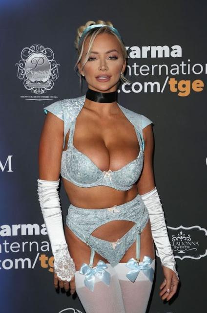 Lindsey Pelas - Maxim Halloween Party