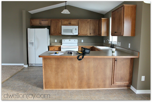 Replace Kitchen Appliances Befor Selling Home