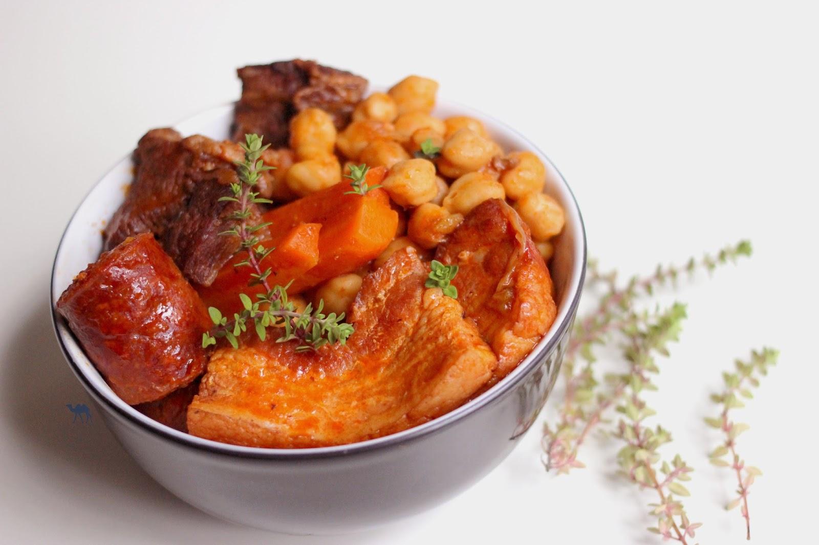 Le Chameau Bleu - Blog Cuisine et Voyage - Cocido - Olla - Puchero Cuisine Espagnol Ragout - plat traditionnel espagnol
