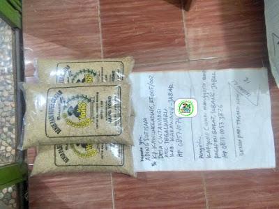 Benih padi yang dibeli   ADING SUTISNA Karawang, Jabar. (Sebelum packing karung ).