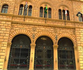 Fachada do Banco Francês e Italiano - São Paulo