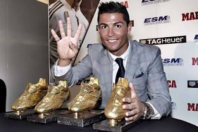 Ronaldo 5 bàn/5 trận: Messi khóc thét, Lewandowski lo mất Giày vàng 2