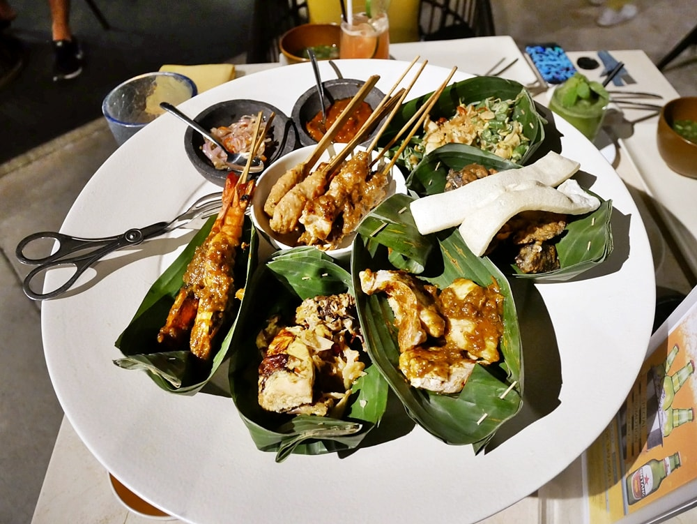 INDONESIAN DELICACY AT KUNYIT RESTAURANT