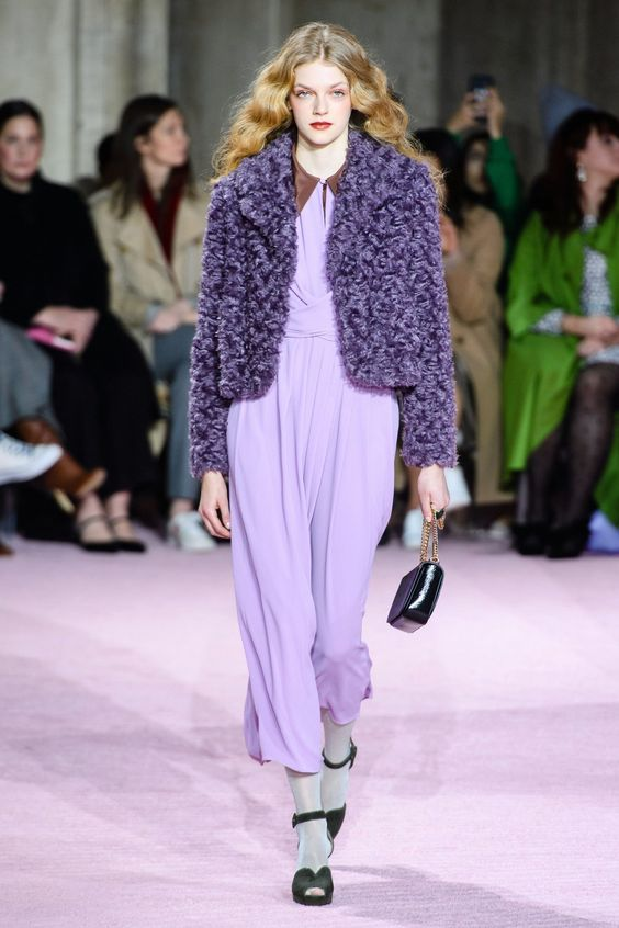 LILAC RUNWAY FASHION