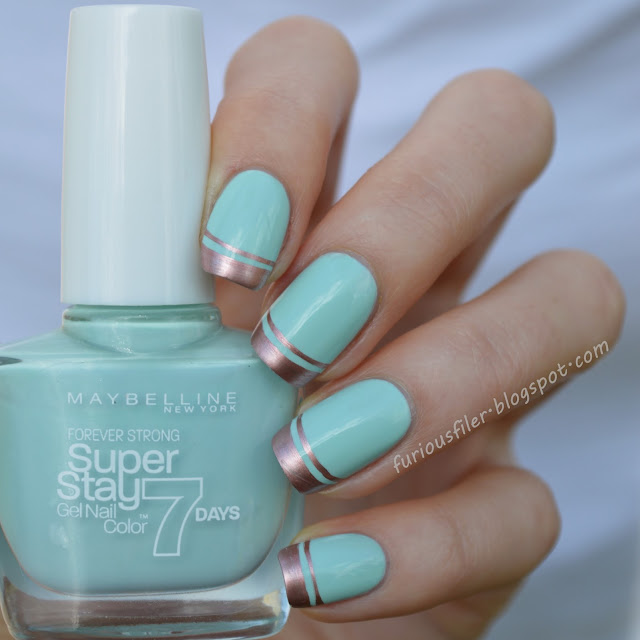 #31dc2015 mint green metallic french manicure