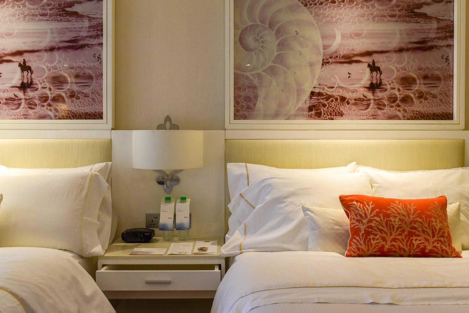 intended pillow pillows for hotels bedding the quality hotel sets w westin store duvet ideas and