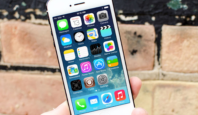 The developer announced the imminent release of the jailbreak for iOS 8.4.1