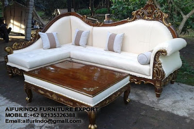 CLASSIC SOFA FURNITURE,ANTIQUE SOFA MAHOGANY REPRODUCTION,WHITE FRENCH SOFA FURNITURE,CLASSIC GOLD AND SILVER LEAF FURNITURE,CODE  38,CODE  38