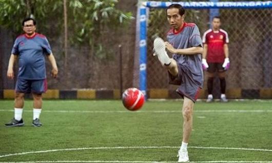 Jokowi Kagum dengan Perjuangan Timnas U-22 Juarai Piala AFF