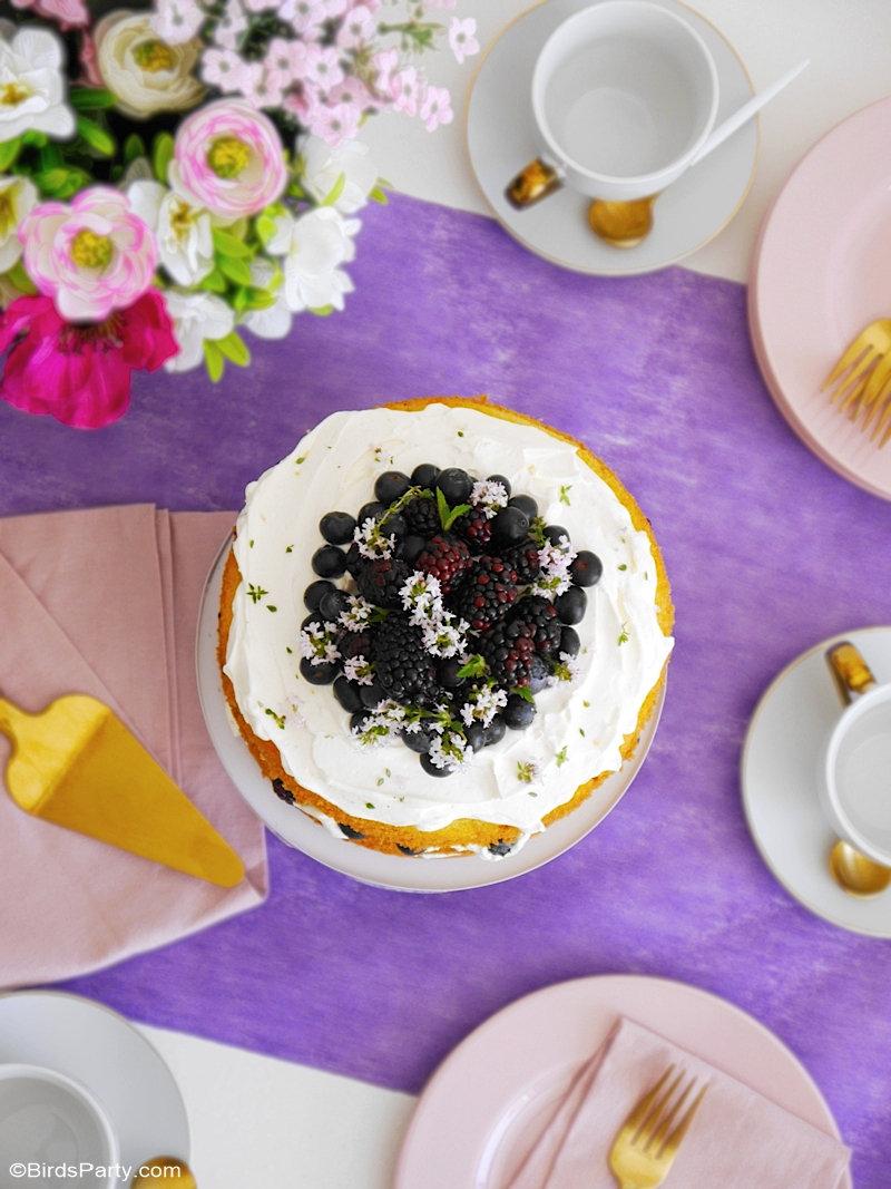 Recette gâteau au citron, baies et glaçage au mascarpone: un dessert délicieux, facile à préparer et à décorer, idéal pour le printemps ou été! by BirdsParty.com @birdsparty #gateaux #gateau #gateaucitron #mascarponeglaçage #glaçage #gateaucouches #recettegateau #gateauestival