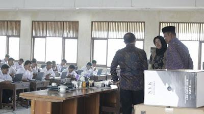 Wakil Bupati Pringsewu Pantau Tes CPNS
