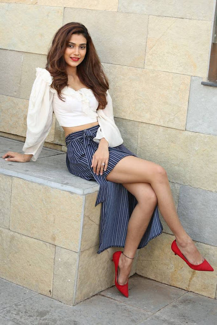 Aakanksha Singh Stills At Malli Raava Movie Interview