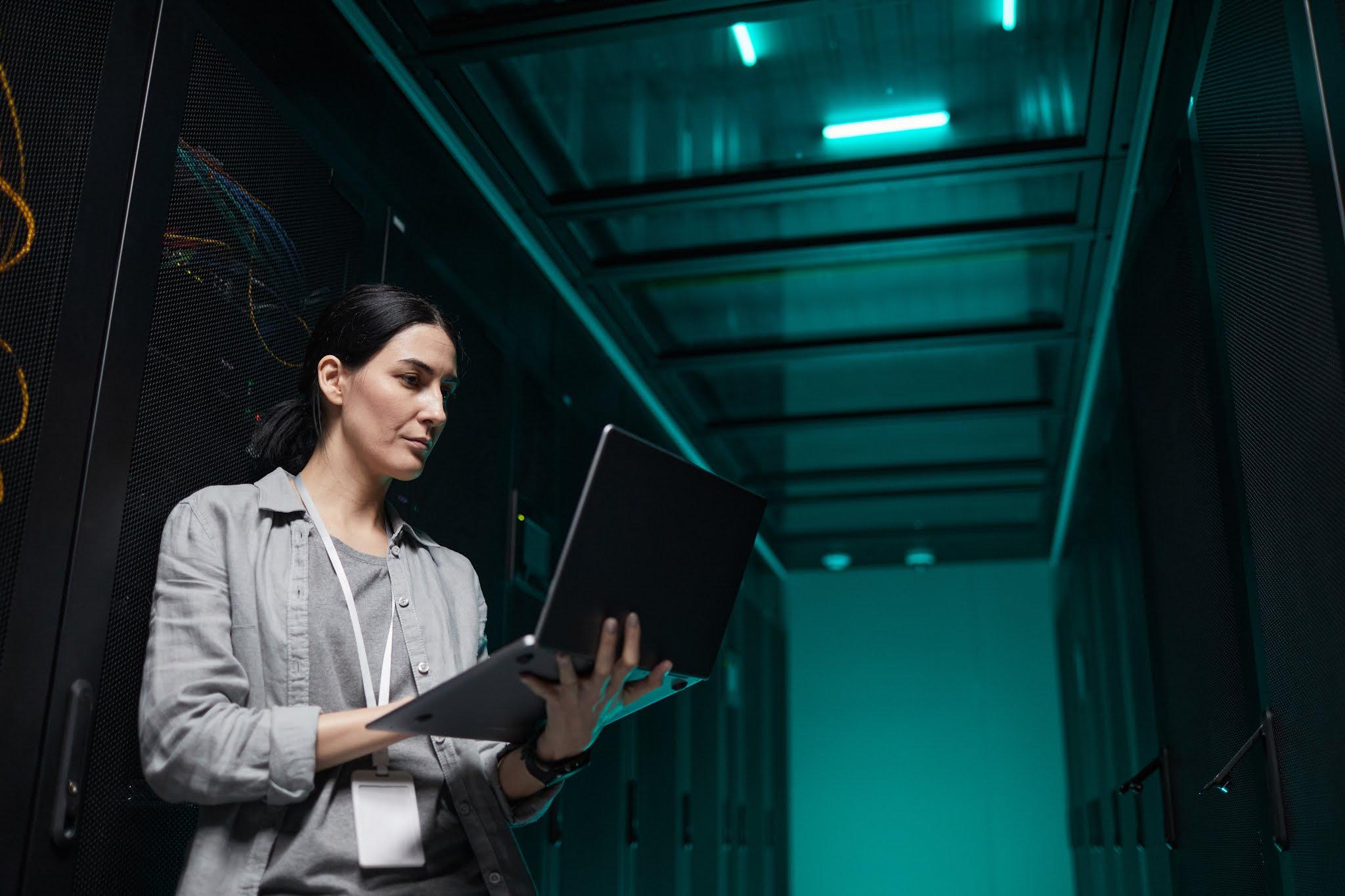 رائدات الأعمال business يدعمن مزايا الاقتصاد الرقمي لإنجاح قطاع الأعمال