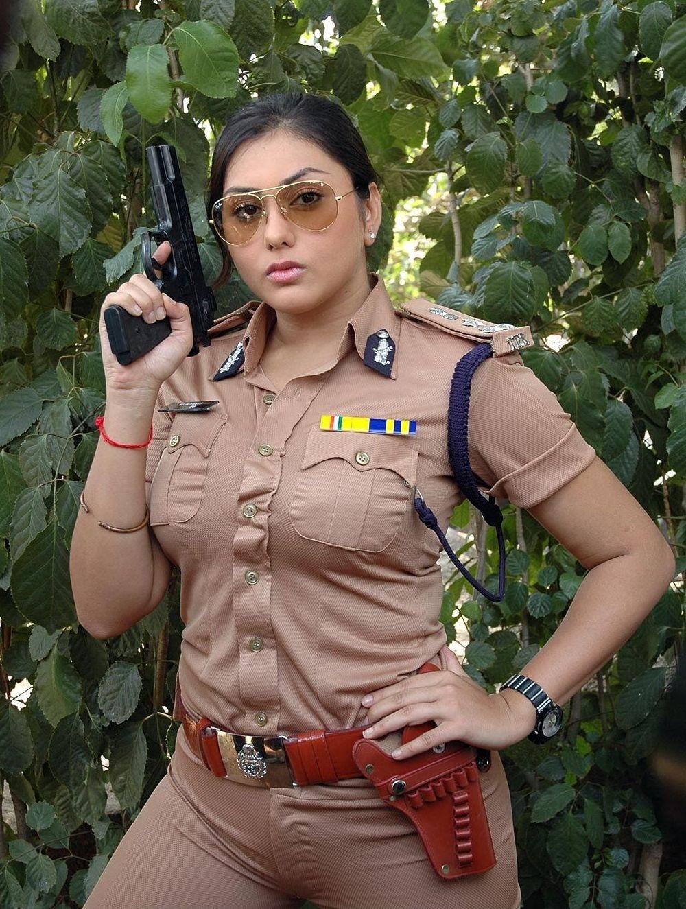 4 police girl oil mexican border patrol 6