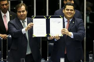 http://vnoticia.com.br/noticia/4122-reforma-da-previdencia-e-promulgada-pelo-congresso
