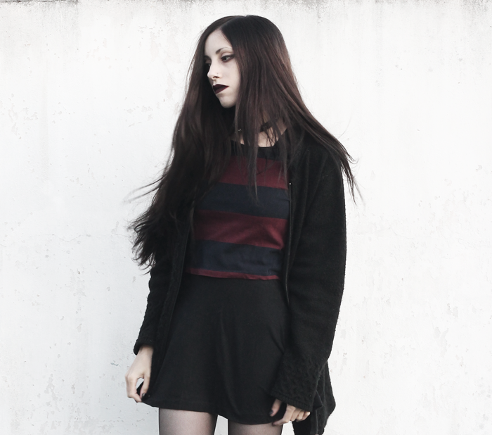 outfit-burgundy-black-top-black-hair-gothic-grunge-jenn-potter-ann-blogger-blog-argentina