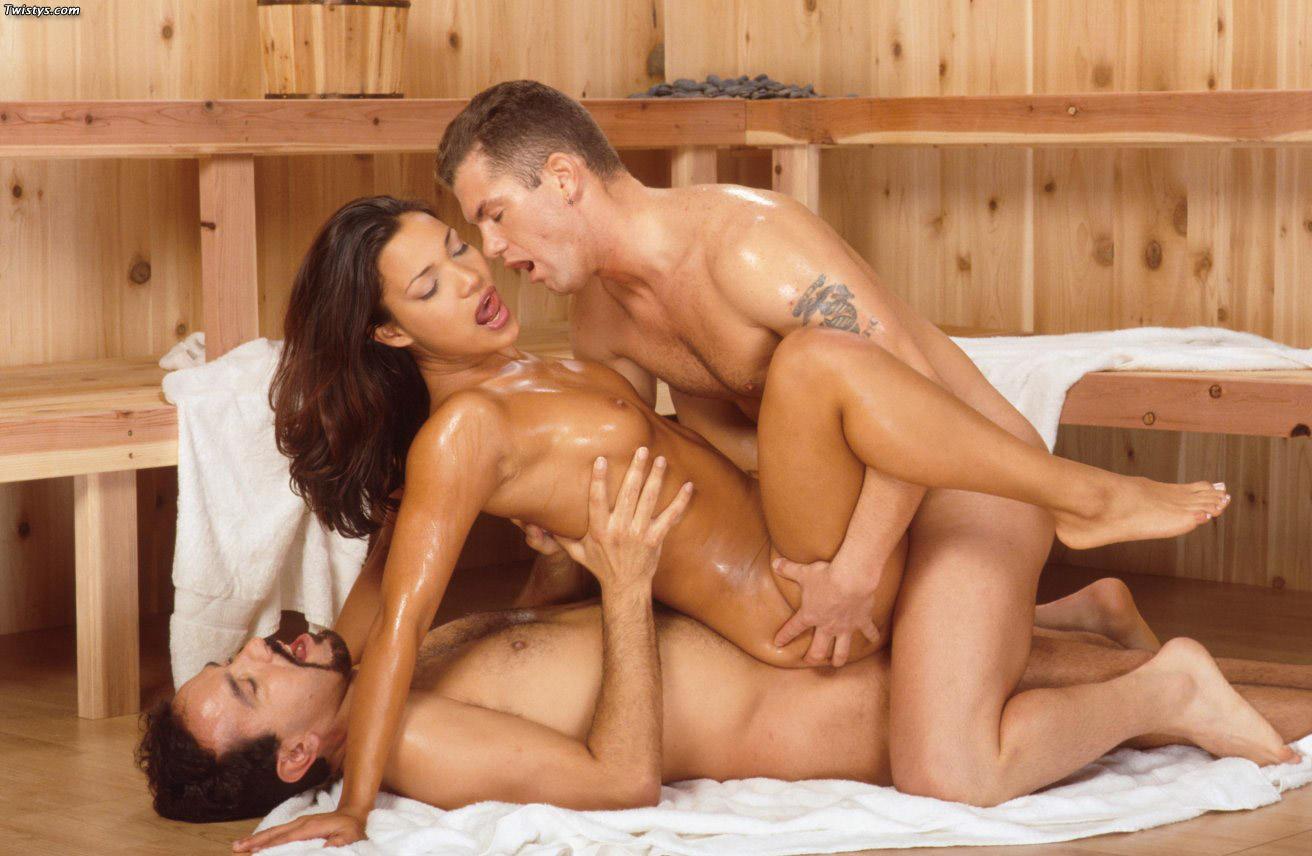 Смотреть порно фильм секс в бане, отодрал на сеновале