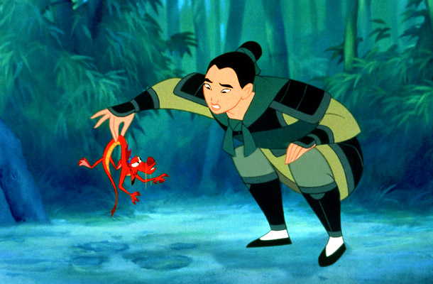 Mulan and Mushu Mulan 1998 animatedfilmreviews.blogspot.com
