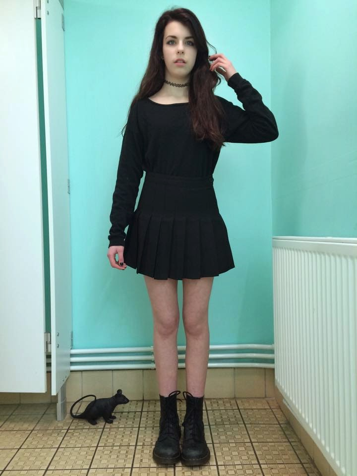 Nowe Produkty nowy koncept rozmiar 40 Ariel's Fashion Blog: The Black Tennis Skirt