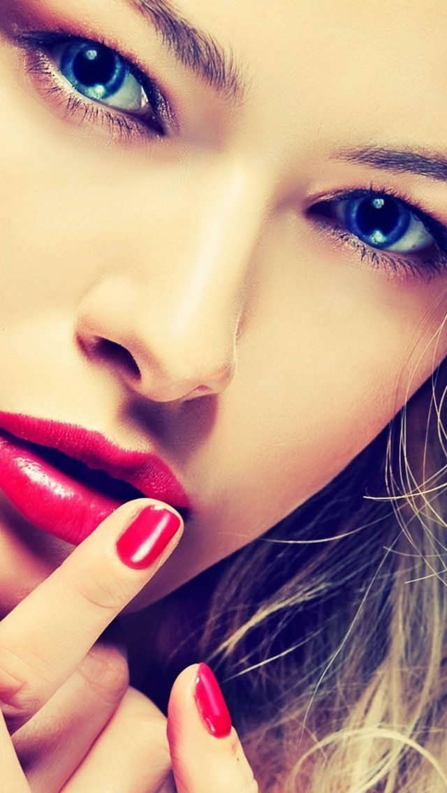 Produk Kian Menawan, Harga Lipstik Purbasari Masih Rupawan