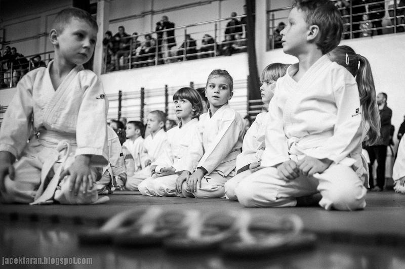 karate, turniej karate, niepolomice, turniej dzieci, jacek taran, fotografia sportowa